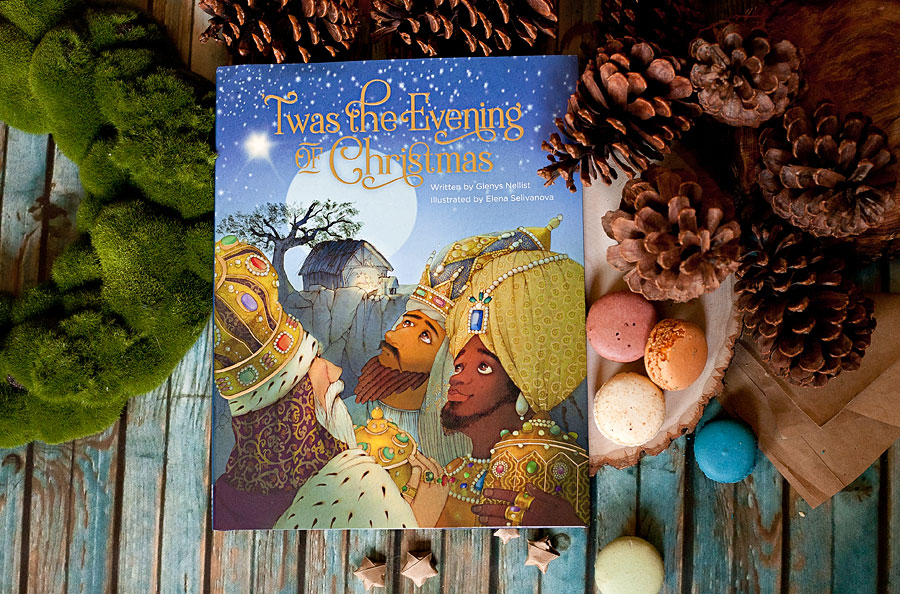 'Twas The Evening Of Christmas | Book Review by Running With Spears --- This beautiful Christmas tale written by Glenys Nellist and illustrated by Elena Selivanova is a retelling of Clement C. Moore's 'Twas the Night Before Christmas  that tells the story of Jesus' birth. #zonderkids #christmasbook #christmas